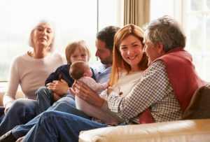 Как наладить отношения с близкими людьми: способы разрешения конфликтов с мамой и свекровью