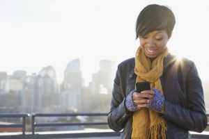 Как завести любимого мужчину по смс: слова и фразы, действующие безотказно
