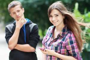 Как понравиться девушке-подростку: однокласснице, соседке или просто знакомой