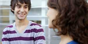 Как привлечь внимание девушки и понравиться ей