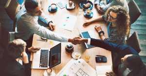 Взаимоотношения в трудовом коллективе: как чувствовать себя комфортно на работе