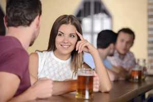 Как вызвать интерес мужчины и понравиться ему