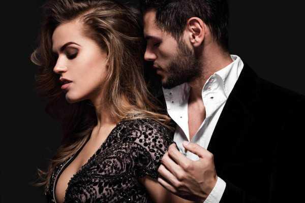 provocative_couple