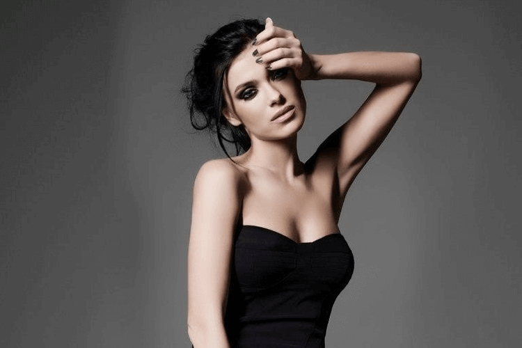 Пластика груди Елены Темниковой