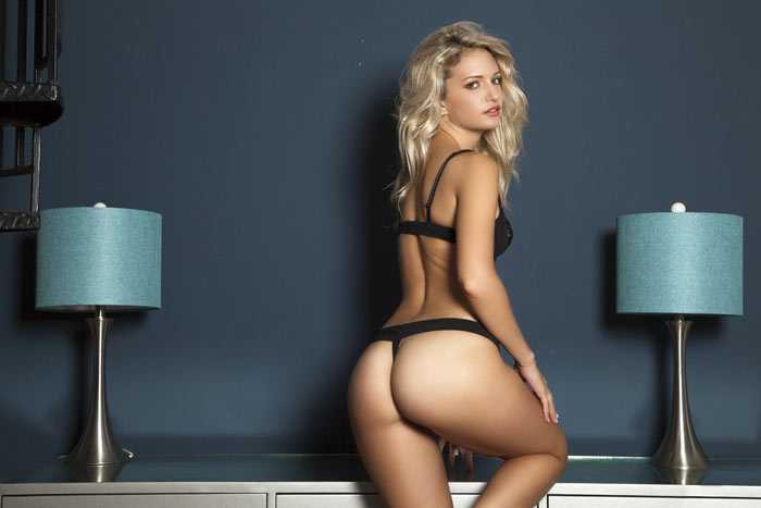 mandy-marie-girl-blonde-beautiful-butt-thong