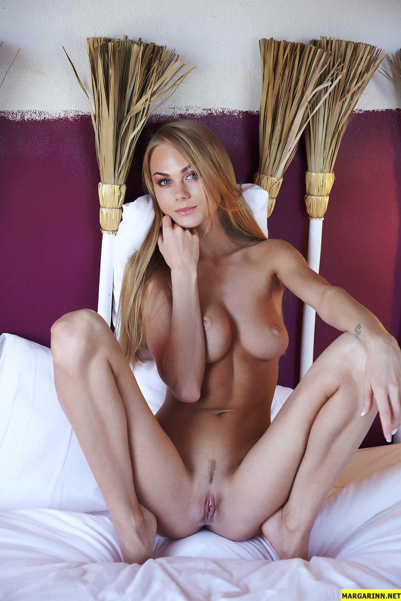 голые сиськи