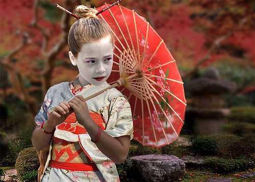 Эндзё косай (или энко). Это совсем юные девушки, не достигшие даже совершеннолетия (возраст зрелости в Японии — 20 лет).