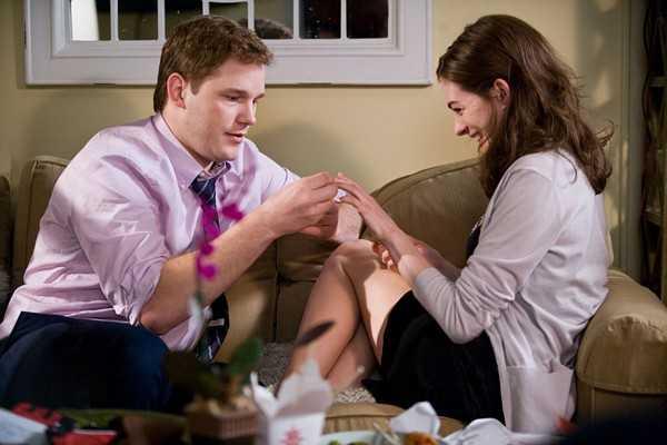 Какими качествами должна обладать девушка чтобы решиться надеть кольцо?