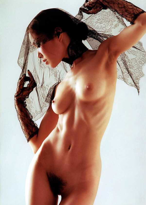Японская порноактриса Yua Aida